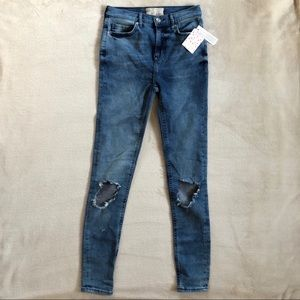 FREE PEOPLE High Rise Busted Skinny Jeans - NWT